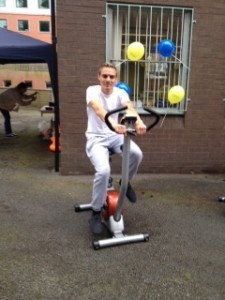 Lee finished his amazing cycle challenge at the Carers Centre on Sunday 15th June, marking a week of raising awareness of the 20,000 hidden unpaid carers in the borough